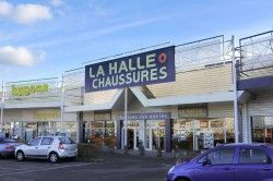 LA HALLE AUX CHAUSSURES - Chaussures / Maroquinerie Melun